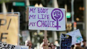 Demonstranter för abort i Chicago, USA, i maj 2019.