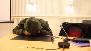 Shiraqa Yosefi Rovaniemen hovioikeuden istunnossa