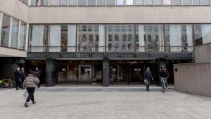 Porthania vid Helsingfors universitets centrumkampus.