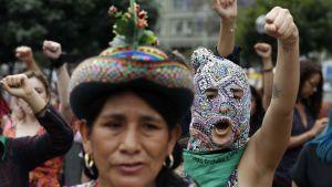 I december i fjol, före coronakrisen, hölls den här demonstrationen mot kvinnomord i Lima.