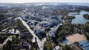 En flygbild av sjukhusområdet i Mejlans.