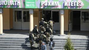 Skolskjutning i Kazan i Ryssland