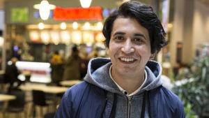 Mohammad Javid, turvapaikanhakija ostoskeskus Sellossa
