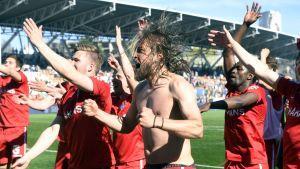 FC Inter firar cupguld i fotboll.