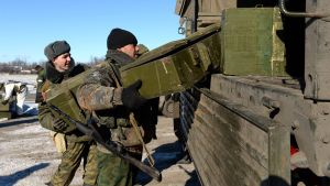 Separatister transporterar vapen nära Debaltseve