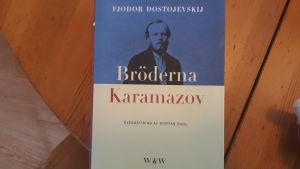 Bröderna Karamazov av Fjodor Dostojevskij.