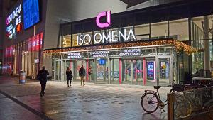 Ingången till nya bussterminalen i Iso Omena.