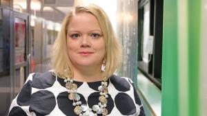 Jenni Tirronen, chef för den svenska småbarnspedagogiken vid Helsingfors stad.