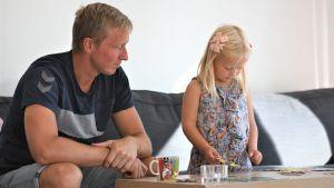 JAc Karlsson med dottern Majken.