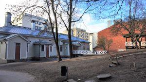 Sirkkalabackens skolbyggnad.