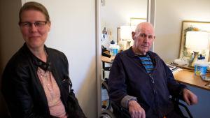 Rose-Marie Frigerg med sin pappa Bo Kvarnström.