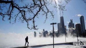 Ånga över Lake Michigan i minus 29 Celsius i Chicago, Illinois på onsdagen.