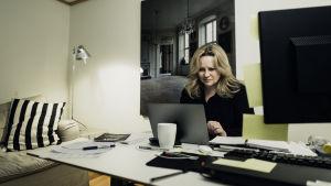 Maria Sid i sitt arbetsrum i Stockholm 2019.