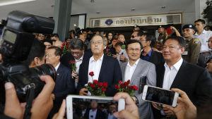 Tre thailändska oppositionsledare åtalas för upproriskhet efter kritik mot den styrande militärjuntan