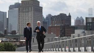 Frankrikes president Emmanuel Macron och den kanadensiska provinsen Québecs regeringschef Philippe Couillard.