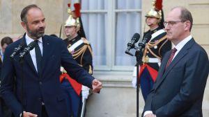 Tidigare premiärminister Édouard Philippe och nuvarande premiärminister Jean Castex.