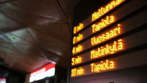 Tidtabellstavla på metron.