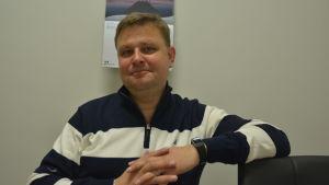 Trafikläraren Johan Forssell i West Drivers i Ekenäs.