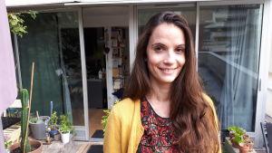 Anne-Cécile Mailfert som leder feministorganisationen La Fondation des Femmes anser att den nya lagstiftningen är en seger för alla kvinnor.