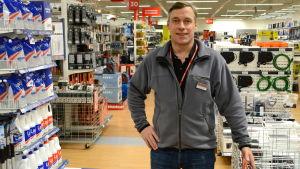 Butikschef Marko Arrhenius