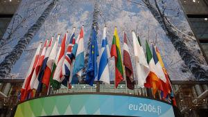 EU:s medlemsländers flaggor.