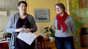 Lilian Järvinen och Jaana Laine från Lovisa stad.