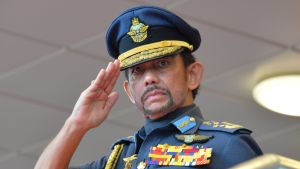 Sultan Haji Hassanal Bolkiah.