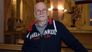Porträttbild på Erkki Päivärinta.