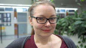 Porträttbild av Johanna Gummerus, universitetslektor i marknadsföring vid Hanken.