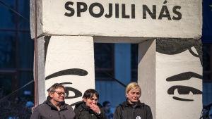 Manifestation i slovakiska huvudstaden Bratislava till minnet av den mördade journalisten Jàn Kuciak och hans flickvän Martina Kušnírová som sköts ihjäl i februari 2018.