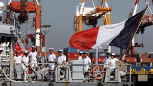 Nya Kaledonien har stor strategisk och militär betydelse för Frankrike som bland annat har en flottbas på öarna