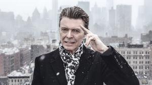 David Bowie New Yorkissa. Kuva dokumenttielokuvasta David Bowien viimeiset vuodet.