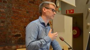 Ungdomsforskare Patrik Söderberg på Åbo Akademi i Vasa.