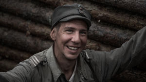Aku Hirviniemi som Hietanen i Okänd Soldat