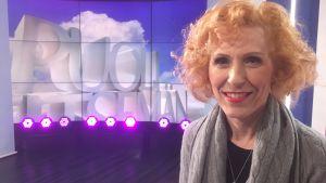 Susanna Rahkamo istuu Puoli seitsemän studiossa