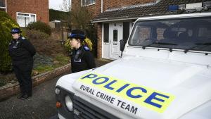 Polisbil, under utredningarna av mordförsöket på den ryska agenten Sergei Skripal