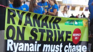 Personalen vid Ryanair strejkar