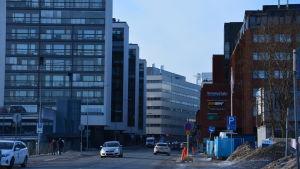 Lemminkäinengatan i Åbo med nybyggda bostadshus.