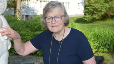 Äldre kvinna spruta