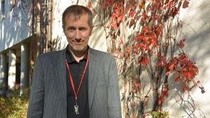 Björn Wallén är direktor för Lärkkulla i Karis.