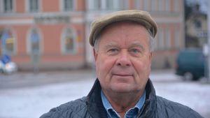 Fullmäktigeledamoten Kari Hagfros (C) Lovisa