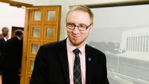 Simon Elo i riksdagen