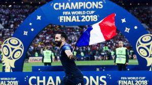 Frankrike firar VM-guld i Moskva.