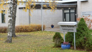 Exteriör av Västra Nylands folkhögskola.