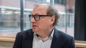 professori Veli-Matti Virolainen