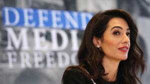 Maria Ressas advokat Amal Clooney anser att domen hotar press- och yttrandefriheten i Filippinerna.