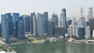 Singapores skyline.