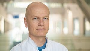 Porträtt på överläkare Stepani Bendel.