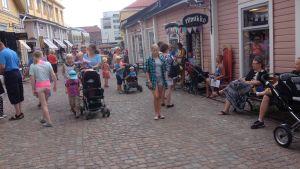 Turister i Gamla stan i Borgå