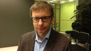 Heikki Hiilamo är professor i socialpolitik vid Helsingfors universitet.